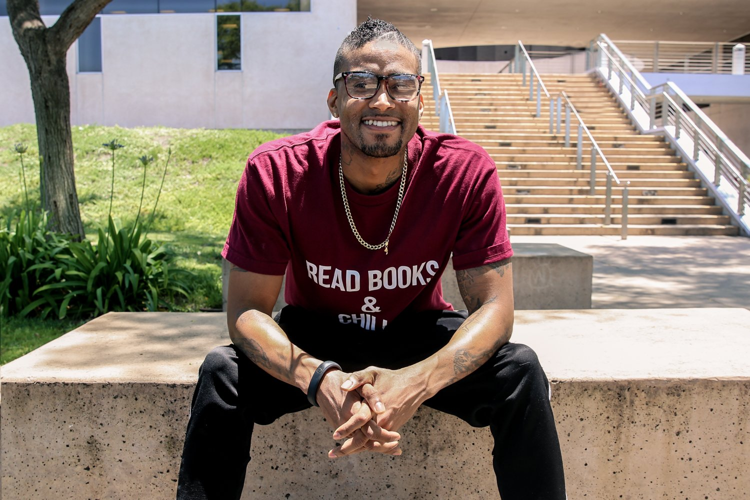Today Steve Whiting graduates with a full-ride to UC San Diego, leaving his life as a gang member behind him. 👨‍🎓🎓🐾 https://t.co/CbO5cOpe0D https://t.co/ae8JEcMC5X