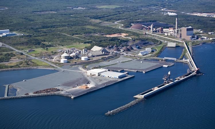 Port of #Belledune aiming to meet stricter environmental standards  http:// ow.ly/Vfm030c54xW  &nbsp;   #NB @GMarine_AVerte<br>http://pic.twitter.com/MWkeFSYShG