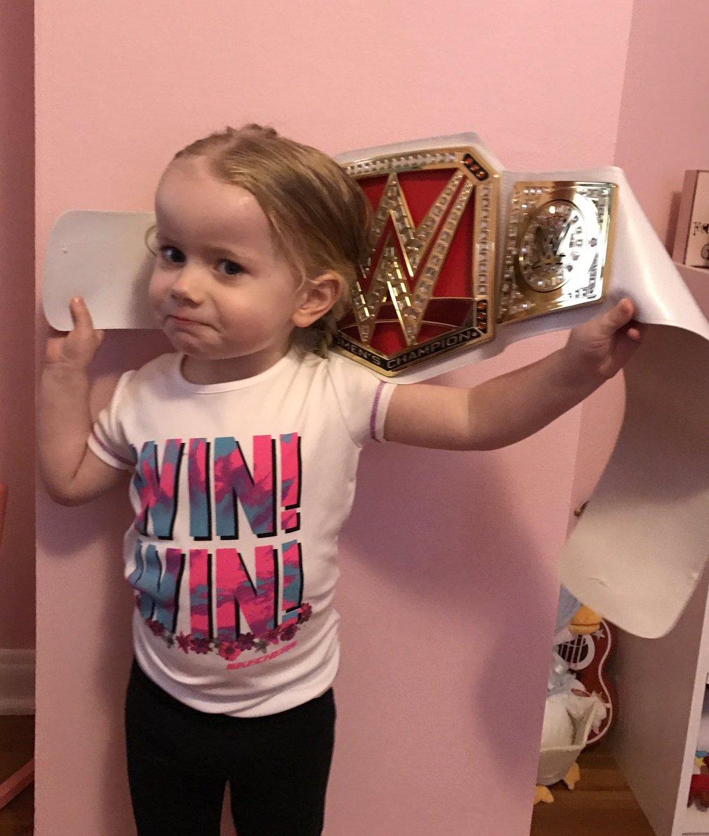It&#39;s Little Miss Maisy! She&#39;s even got the attitude down! @AlexaBliss_WWE @WWEUniverse @StephMcMahon #WWE #LittleMissBliss #RAW <br>http://pic.twitter.com/D4DLQWb61m