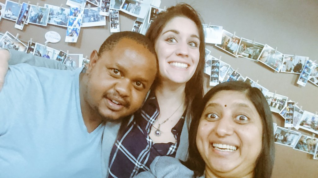 Thanks for joining us @4otune Surprise visit from @LinVlinder&#39;s #BFF @Geekulcha ... If you are not here at #SSWJOZI where are you!<br>http://pic.twitter.com/bY2WZoJewO