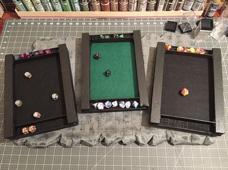 Made these rolling boxes for my players. What do you think? #dungeonsanddragons #dnd #tabletopgames #dice <br>http://pic.twitter.com/greFi8q1Sj
