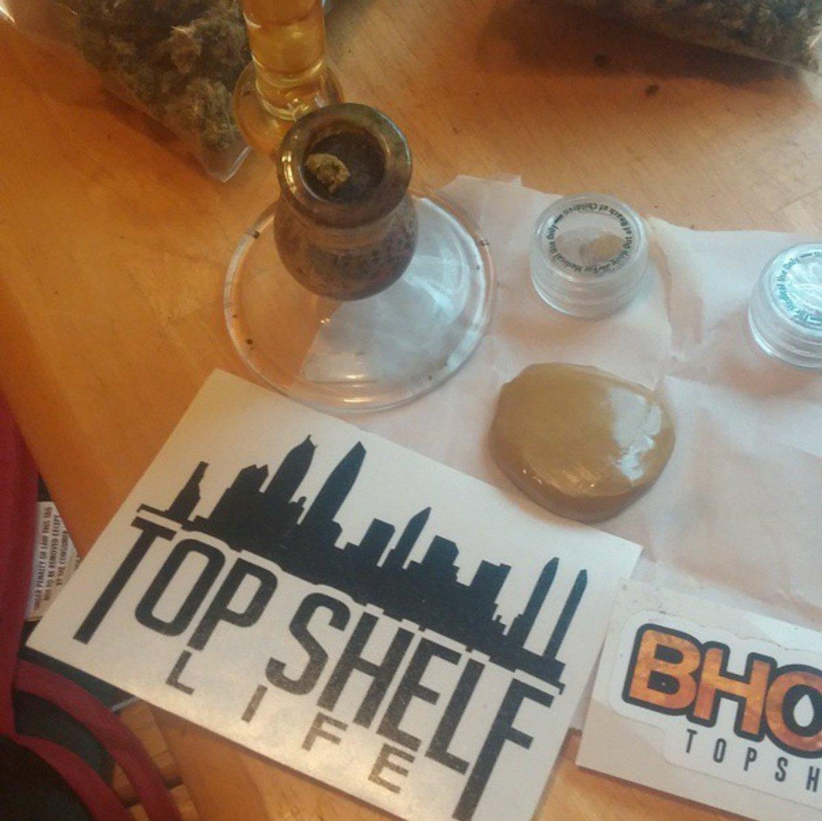 Always smoking on that earwax. #wax #Cannabis #loud #dabs #dabfordiabetes<br>http://pic.twitter.com/AcozVPofR4
