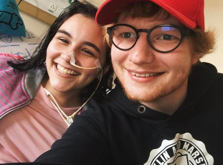 Ed Sheeran faz visita surpresa à fã brasileira em hospital https://t.co/3RMEb57FlA