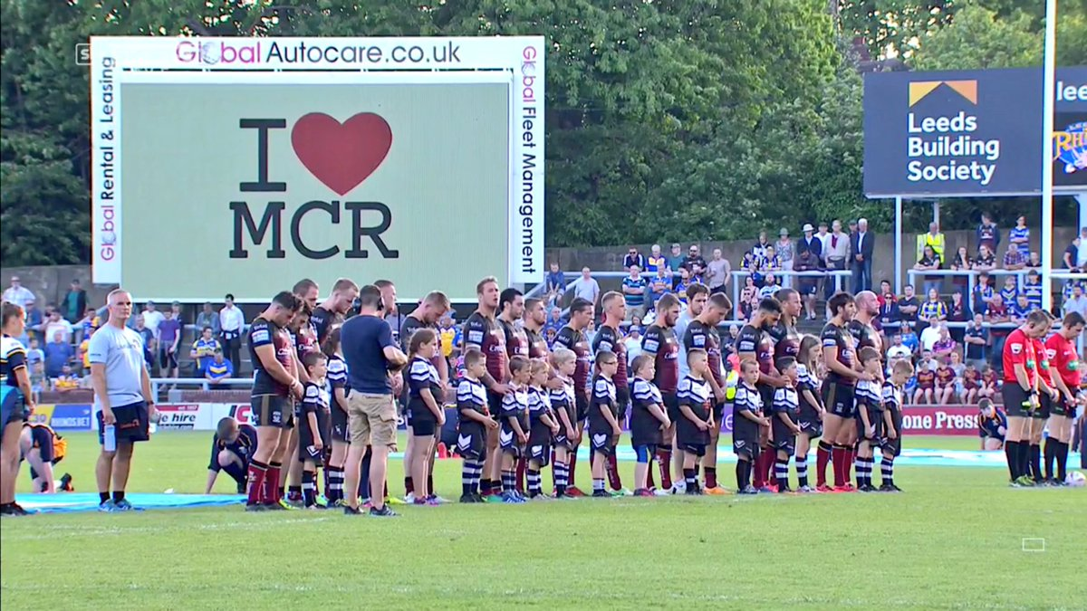 #SLLeeWar   Minutes' silence for Manchester observed perfectly at Head...