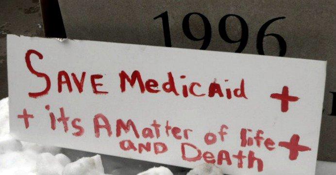 CALL #AR\'s @SenTomCotton & say #HandsOff #Medicaid: 844-432-0883 #CBOSCORE #AHCA #Trumpcare #TrumpGOP