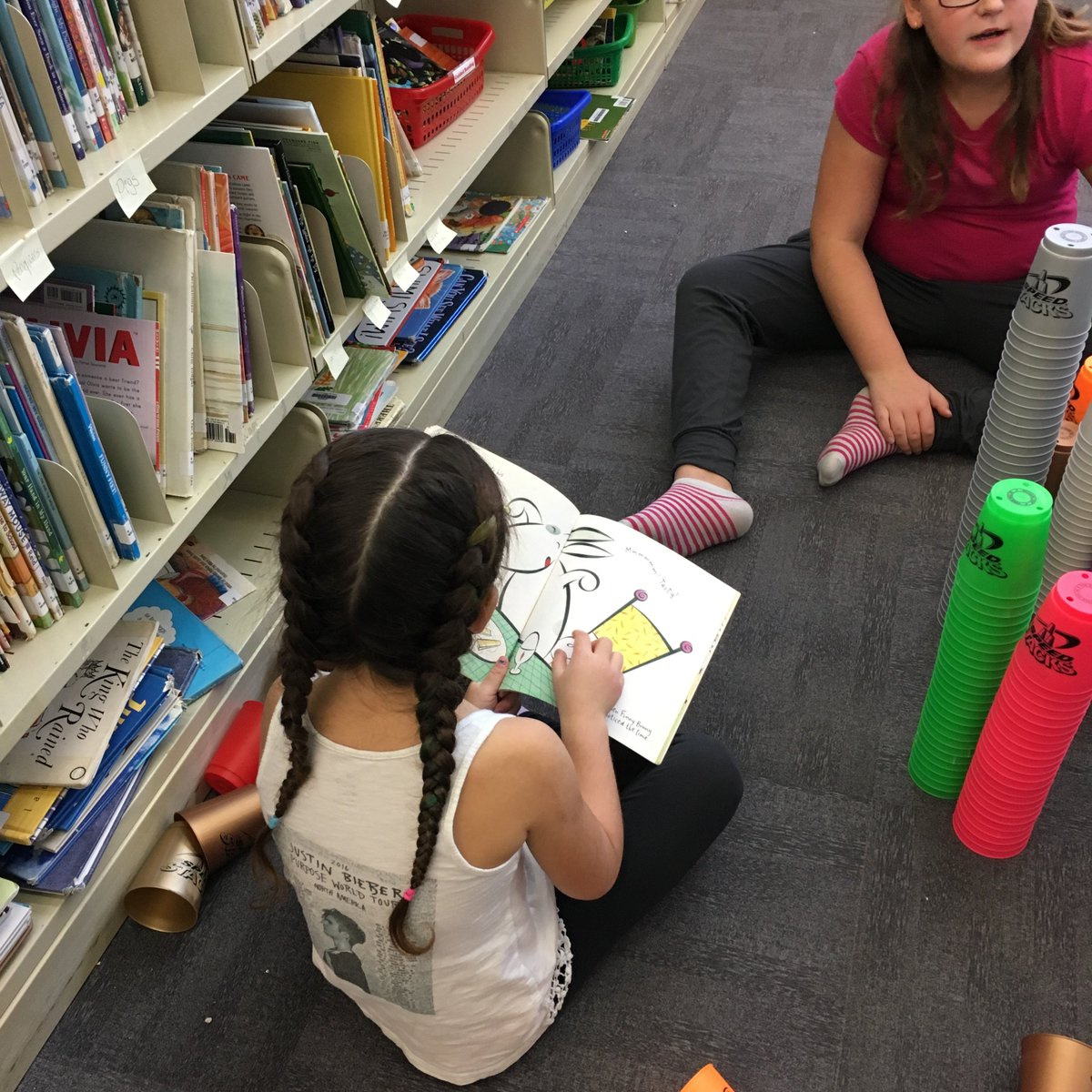 So true - the best libraries are both Makerspaces AND filled with books.  http://www. teenlibrariantoolbox.com/2017/05/maker- spaces-and-books-its-not-either-or-its-both-and/ &nbsp; …  #lskysd #tlchat @KCSlibrary<br>http://pic.twitter.com/FBqNcAvpM1
