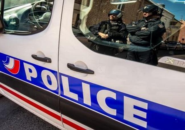Chambéry : deux morts dans une agression, un suspect interpellé >> https://t.co/9Ughg2PWsf