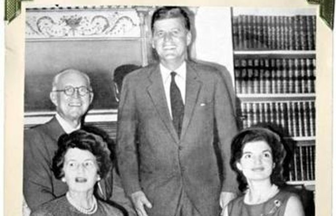 How much was John F. Kennedy influenced by his mother? https://t.co/ZkZYrBCJ9a