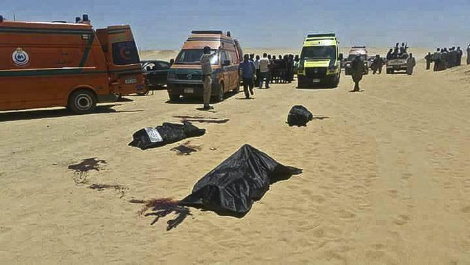 Masked gunmen killed 28 people on a bus carrying Coptic Christians, Egyptian authorities said. https://t.co/dCfwnC3qu2