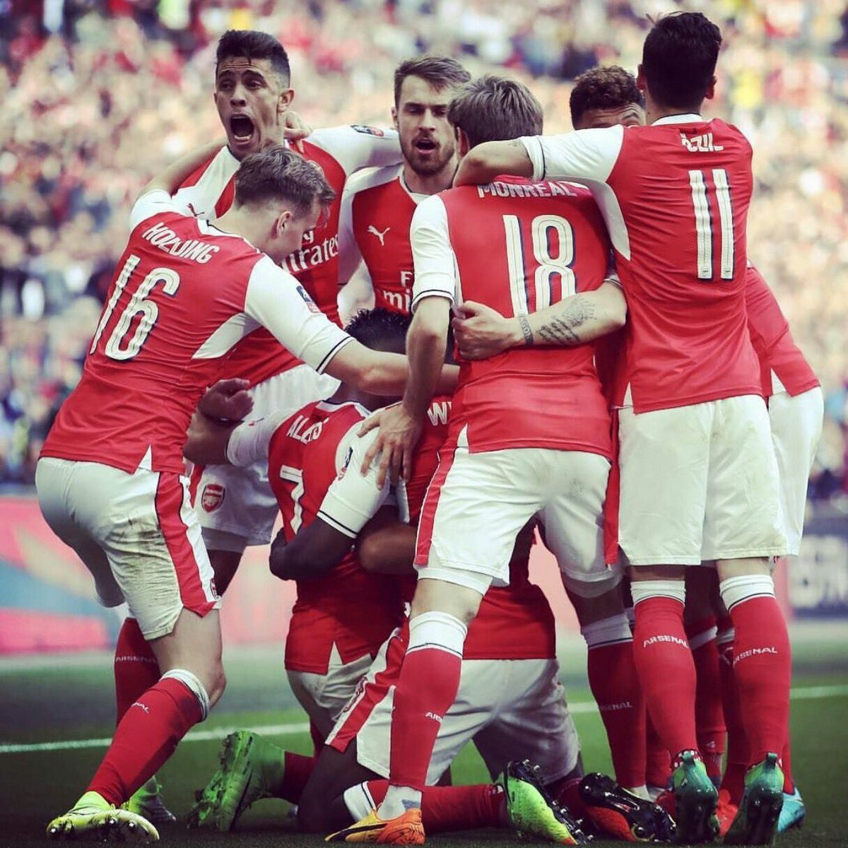It&#39;s FA Cup final Matchday. Come on you Gunners #Arsenal <br>http://pic.twitter.com/uprA7ZdeYL