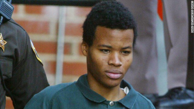 Man convicted as teen in 2002 DC sniper attacks wins bid to be resentenced after judge overturns two life terms https://t.co/2sGrZFBZdS