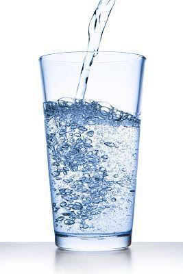 10 Anti Aging Benefits of Water  http:// bit.ly/2rlQVHQ  &nbsp;   #water #beauty #HealthTips #greenbeauty<br>http://pic.twitter.com/KnRaQqzkQO