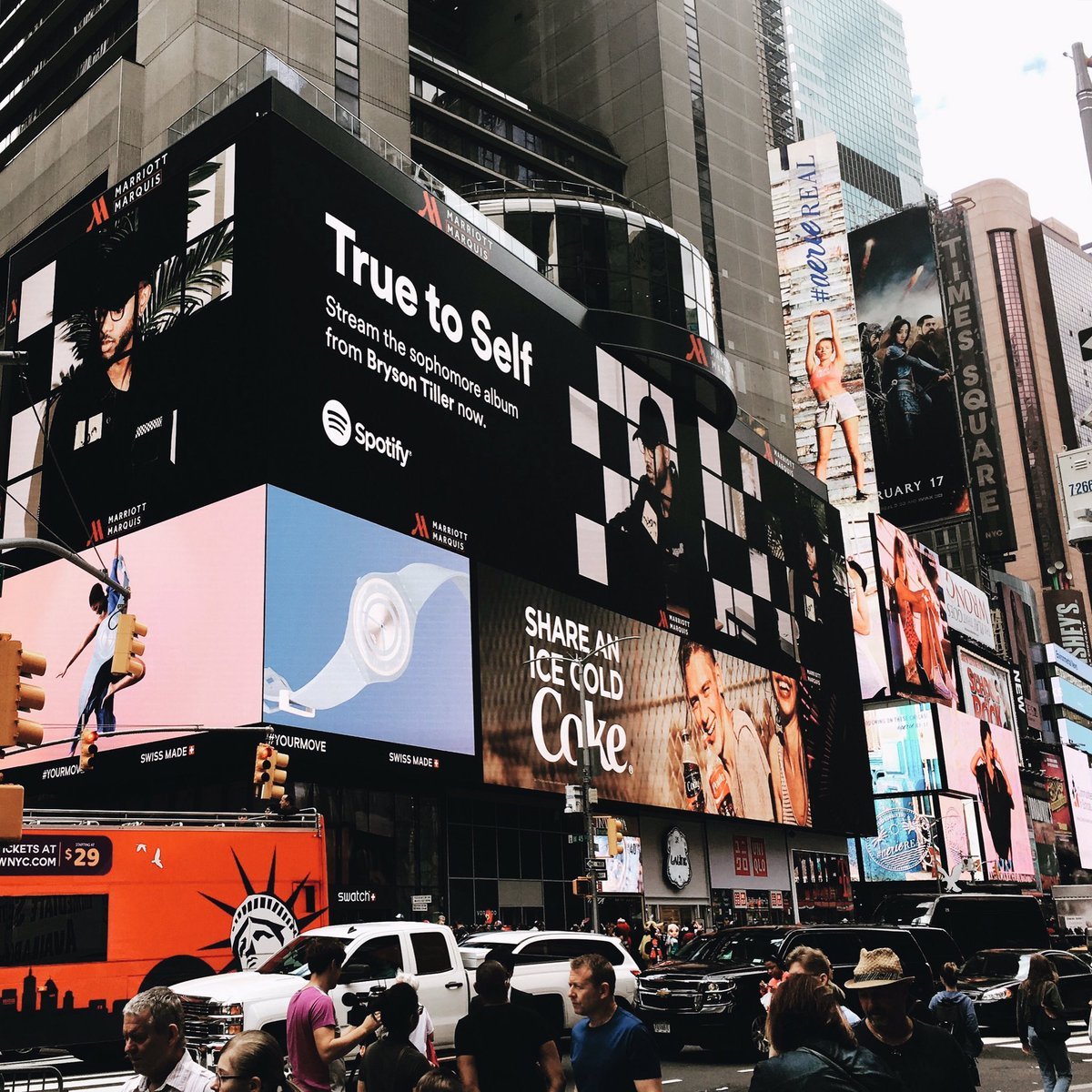 my photos in Time Square ! true to self, thx @Spotify ✔️