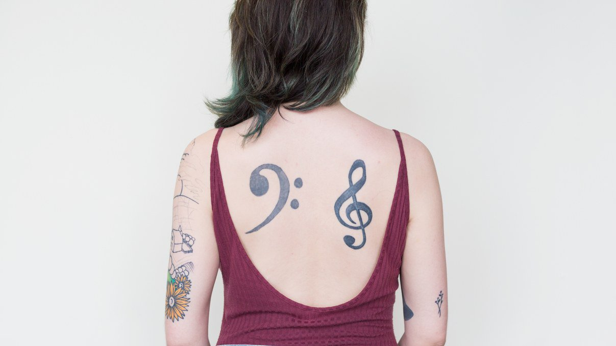 Why I HATE my back tattoos. https://t.co/NTVdenVtph https://t.co/D0sZ8ANpG0