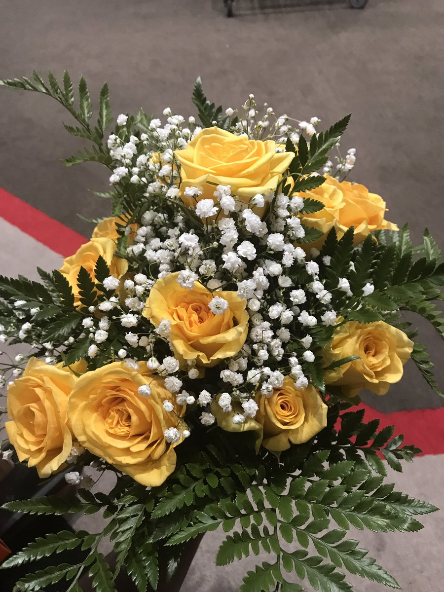 Andrew mccutchen on twitter thank you alizabeth for the flowers andrew mccutchen on twitter thank you alizabeth for the flowers it means a lot happy birthday too its my mothers bday today so u guys have something izmirmasajfo