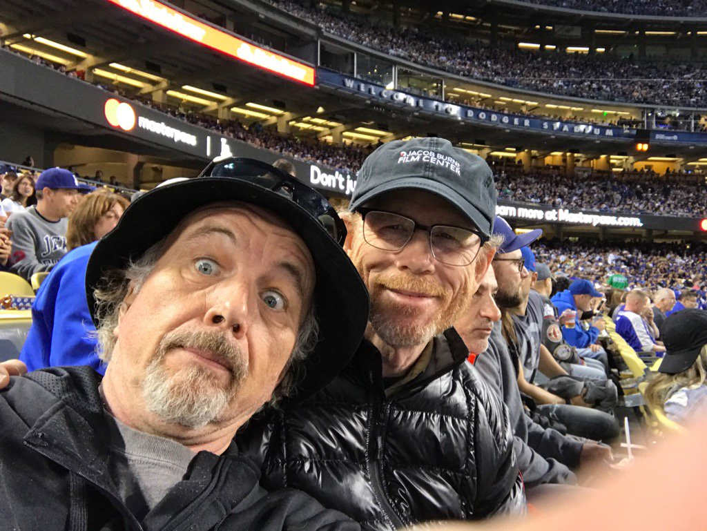 that's my baby brother!  #ClintHoward & me at the #Dodger #Cubs game tonight https://t.co/LQP7baMYoz