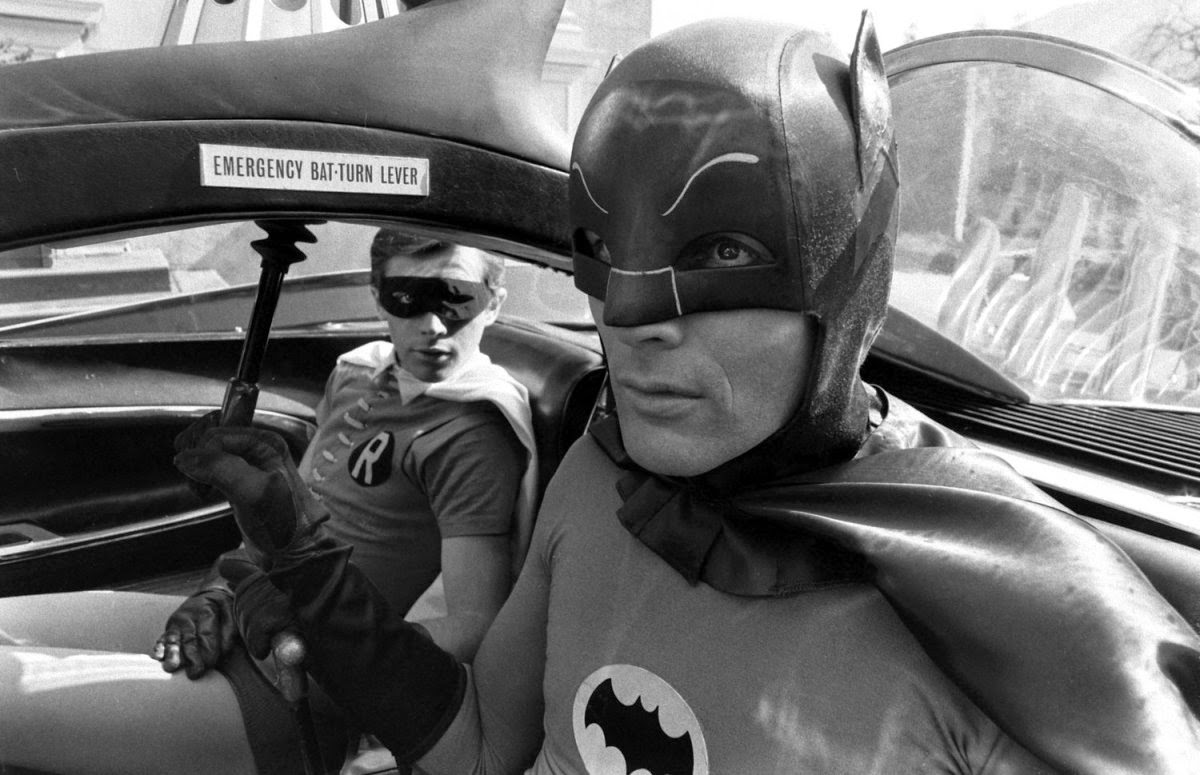 Photos: Adam West, alongside co-star, Burt Ward, on the set of Batman: The Movie (1966) - https://t.co/Zpja2M5XpM