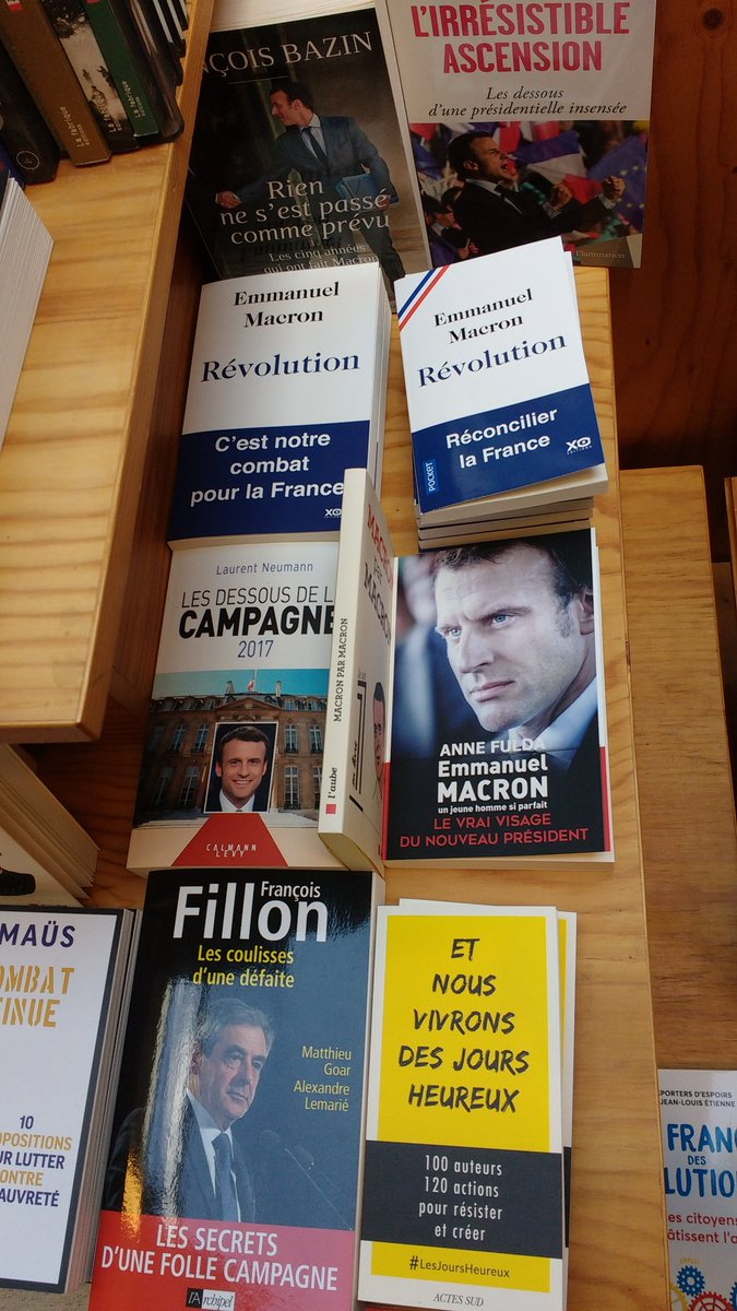 Every time I&#39;m back, I&#39;m awed by FR journos &amp; politicians churning books by the dozen. Already one on #Fillon defeat &amp; lots by/on #Macron<br>http://pic.twitter.com/JHP39fODHX
