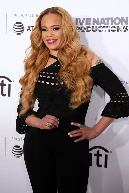 Happy 44th birthday to Grammy-winning singer and actress Faith Evans!