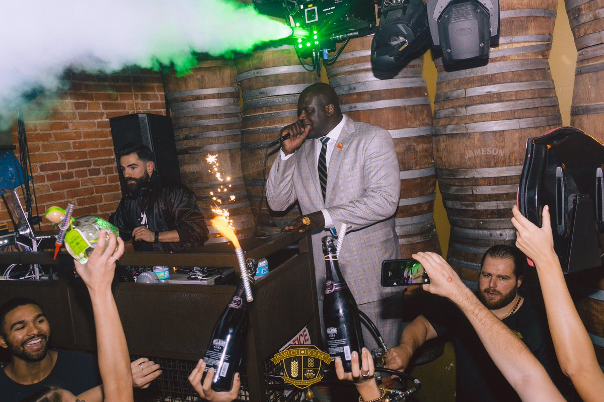The big fella turned barley into a house party last night! @shaq https://t.co/BNG5hHZdjf