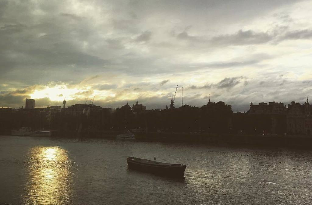 #Sun going down over #London. #thankyou everyone for a fantastic #ArtOfInnovation day. #ge2017 https://t.co/wHfbrKMOZC