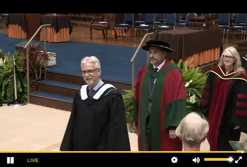 Convocation is live streaming right now! Grab a snack and enjoy the show! https://t.co/8phg9JbT14 #umanitoba2017 #umanitoba https://t.co/tqcL0csdIg