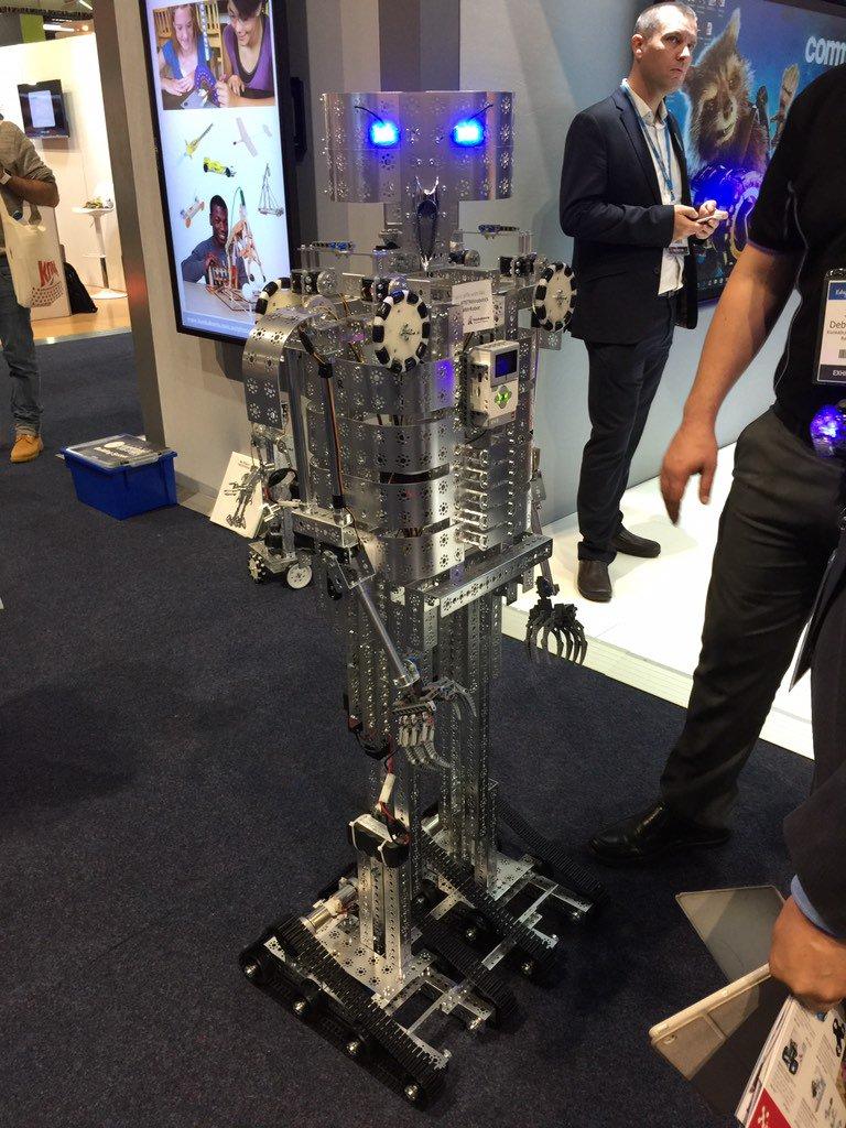 Robotics a popular theme at the exhibition hall #edutechau https://t.co/CAzm1mdmvv