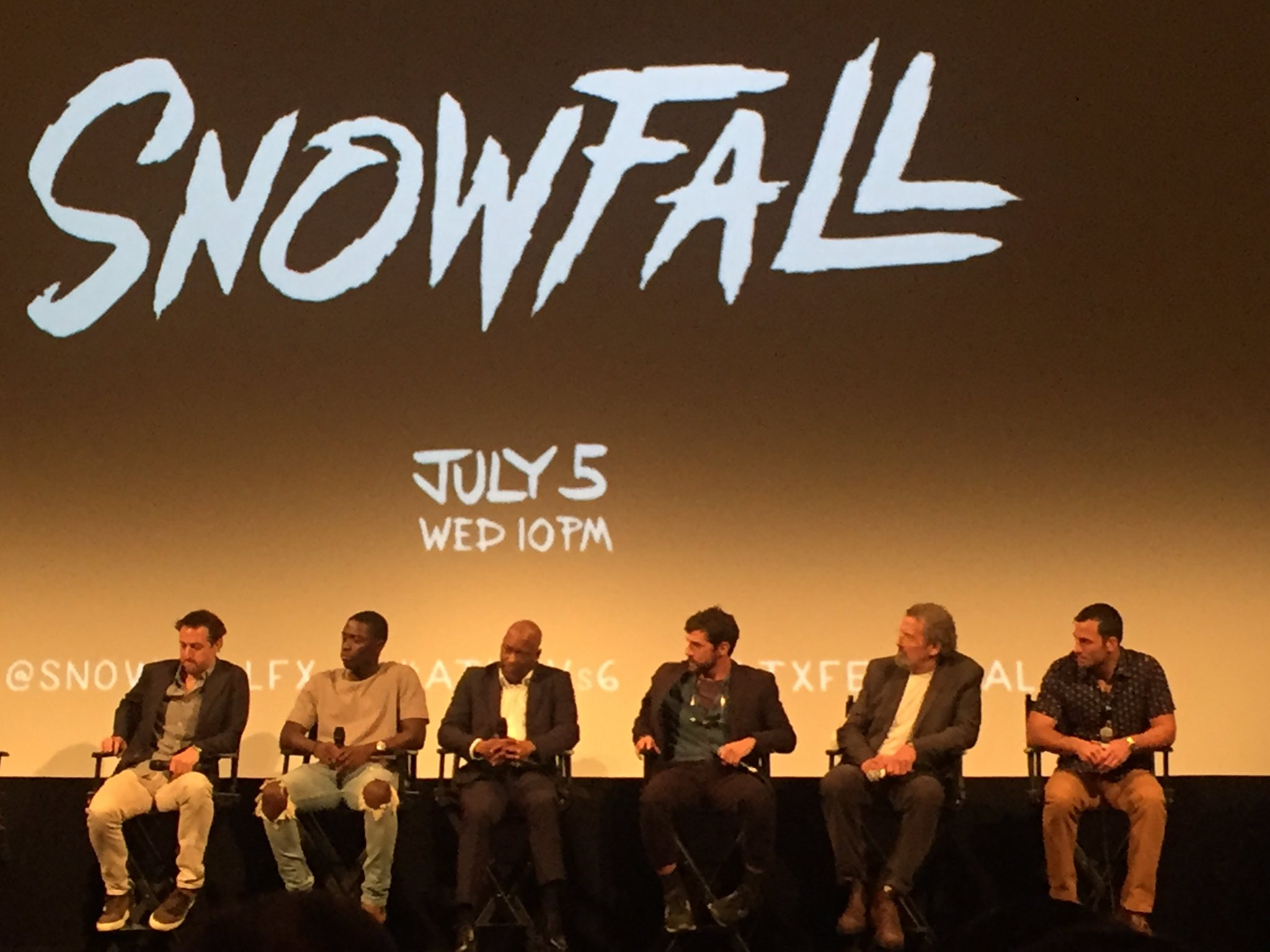 "John Singleton (@SHAFT6816) just described FX's drug drama #Snowfall as ""The Wonder Years with coke."" 👀 #ATXTVs6 https://t.co/bYhvzXZDzg"