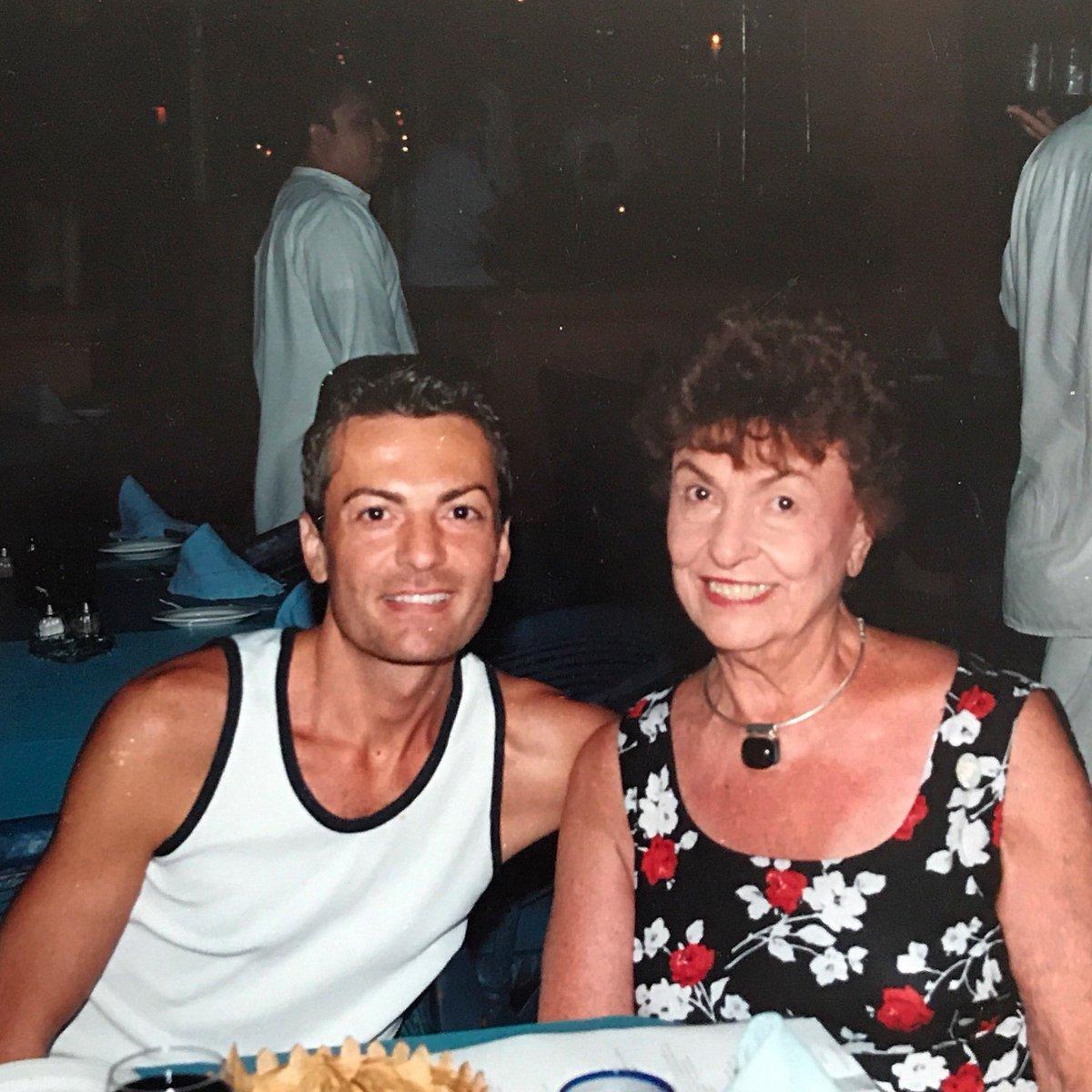 Randy Fenoli On Twitter Another Tbt With My Beautiful Mom Syttd Tlc Kleinfeldbridal