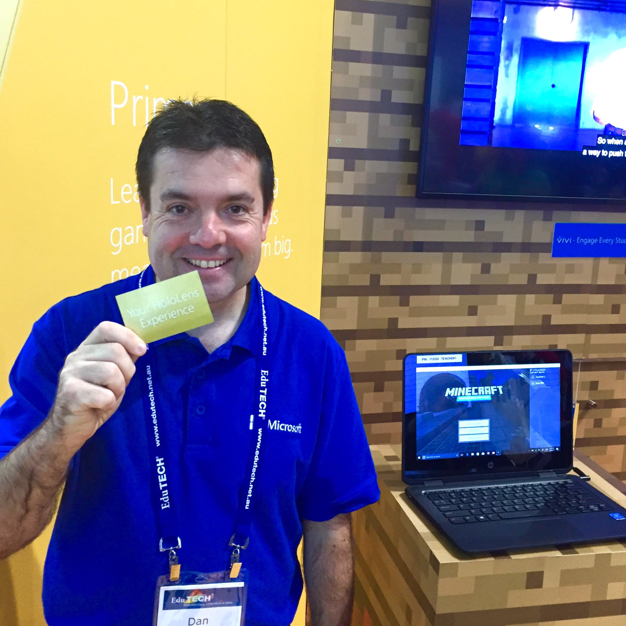 WIN a @HoloLens demo today! Be the first to come our stand and grab the Golden Ticket from @dan_bowen !! @EduTECH_AU https://t.co/qQTdQfJmqf