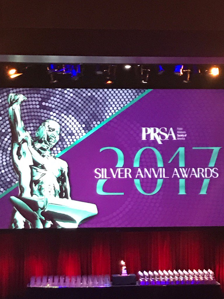 RT @MaxineWiner: Let's get this party started! @PRSA #SilverAnvil Awards  @Fleishman https://t.co/1GRDlNAAiW