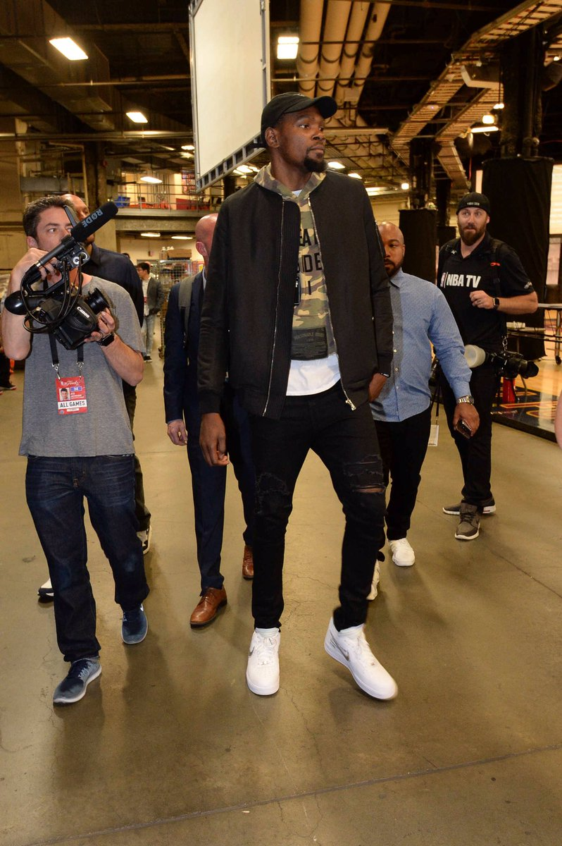 14660aadfd2c9 lebron james and kevin durant in the off white nike air force 1 lancefresh