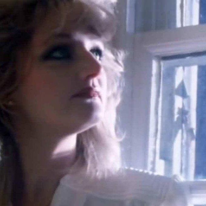 Happy birthday to Bonnie Tyler :)