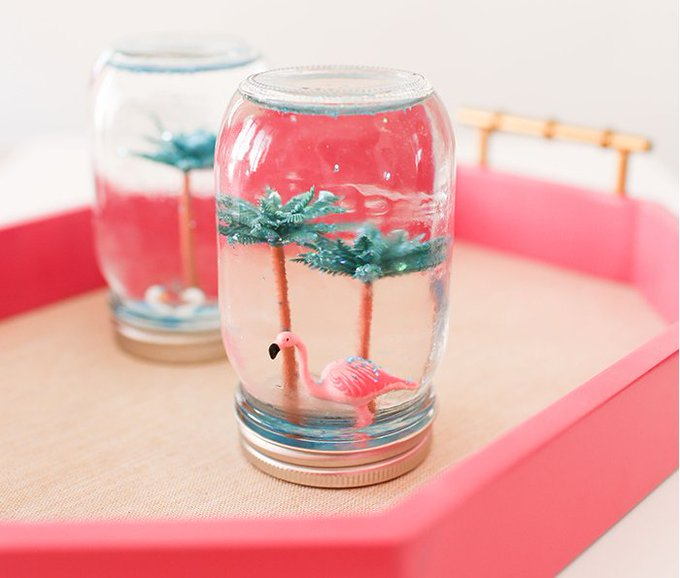 25 Summer DIY Projects To Get Your Home In The Mood For Sunshine.