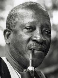 10 ans déja, le peuple senegalais et le Senegal ne t'oublieront jamais. RIP and Tribute to Ousmane Sembéne. #Kebetu https://t.co/NyFKEHbjyE