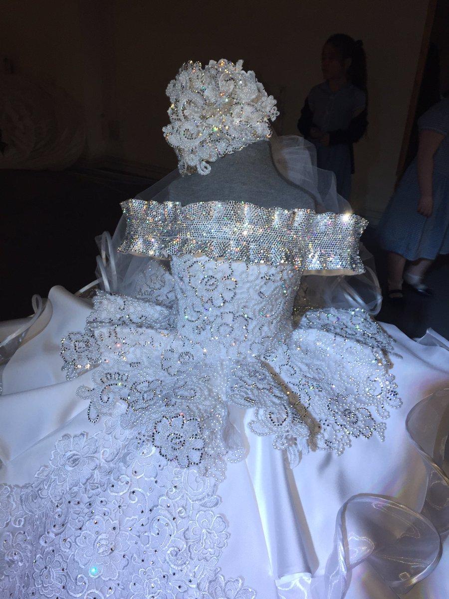 Dorable Vestidos De Novia Nico Liverpool Ideas Ornamento Elaboración ...