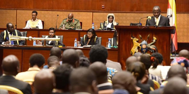 #UGBudget17: Resource envelope FY 2017/18 Shs 29,008 billion. Domestic sources to finance 75.5% of next year's Budget #HighlightsUGBudget17 https://t.co/cmZo9ErFvF