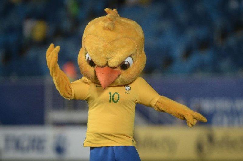 Levantei cedão pra ver o Brasil perder pra Argentina. Eu tô só Canarinho 'Pistola' 😠