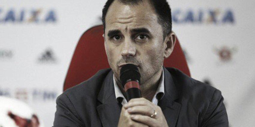 Jornal revela que flamengo sondou o goleiro fábio fcd8ae6f2d6fd