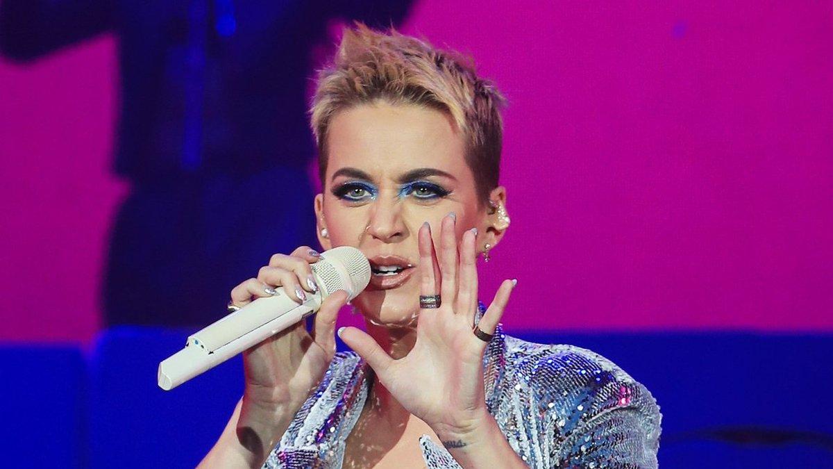 Bild On Twitter Neue Frisur Neue Töne Katy Perry Erfindet Sich