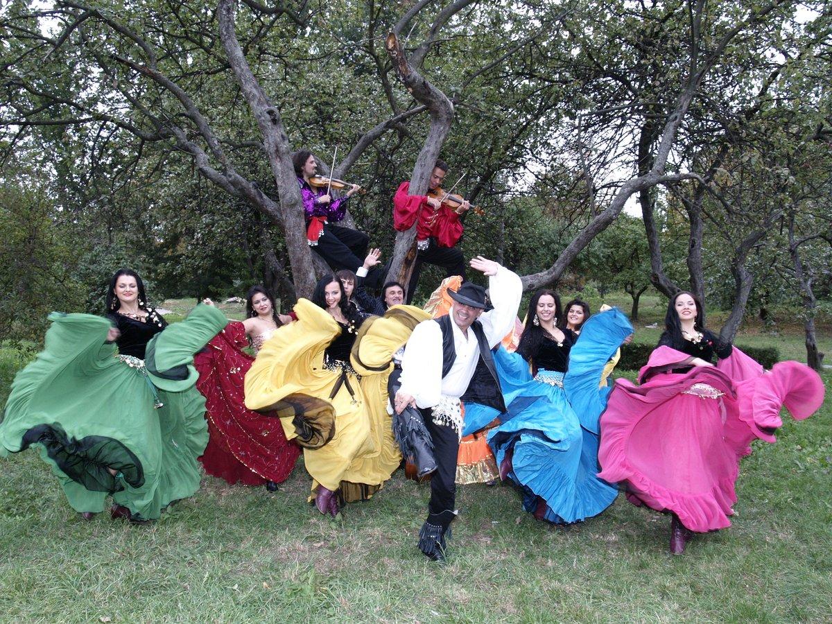 Костюмированные поздравления с юбилеем от цыганского табора