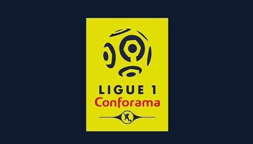 The new #Ligue1 with #Conforama logo.  Interesting new twist on colour scheme as well, rather like it myself... I miss Football! <br>http://pic.twitter.com/UwRONpnALG