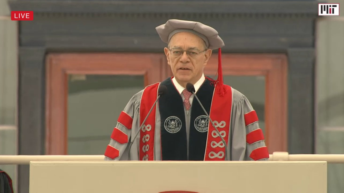 """We are driven and motivated to work on deep problems."" – Rafael Reif #MIT2017 @mitcommencement #mitbetterworld https://t.co/RThLtk4ydt"