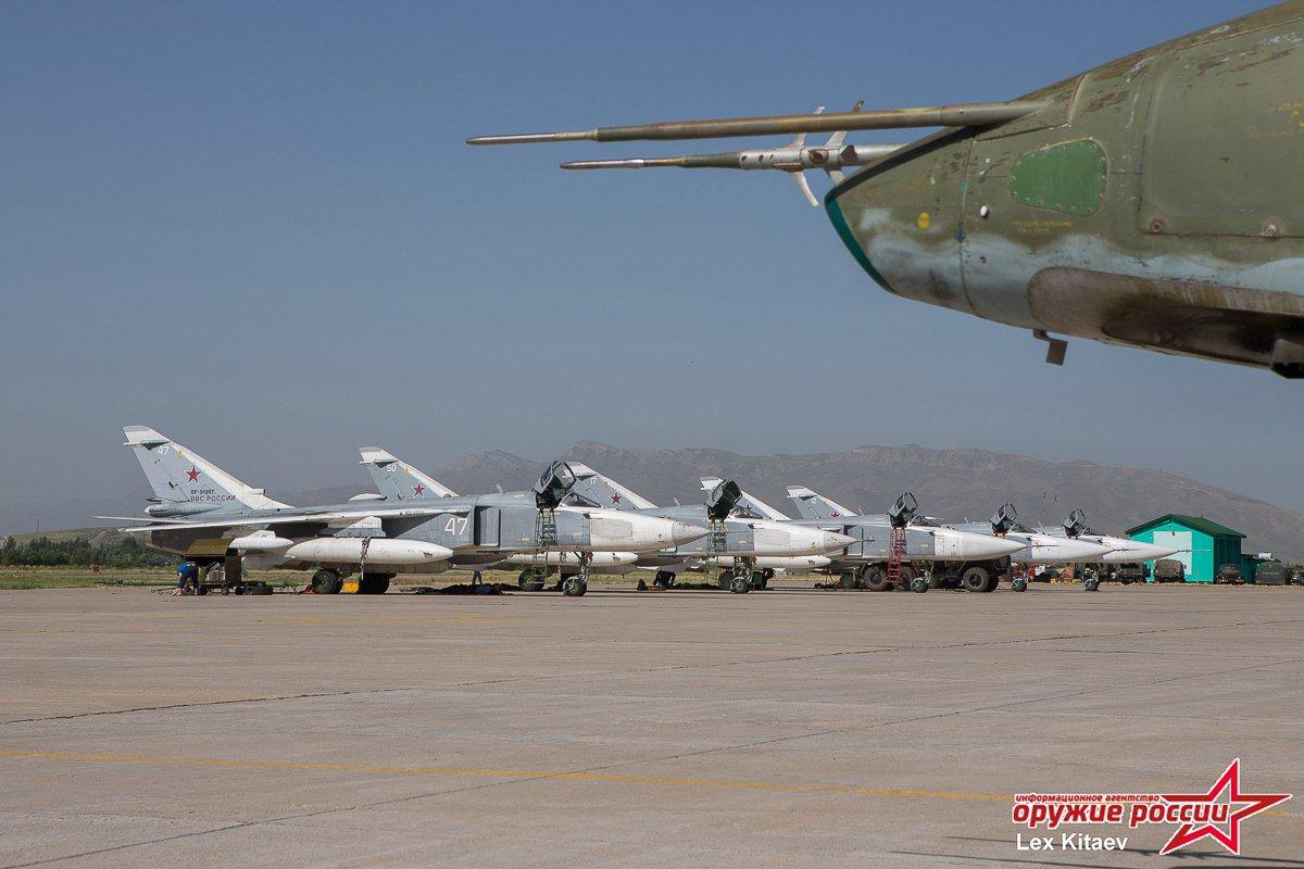 المقاتله Su-24 Fencer القاذفه  - صفحة 2 DB5NDCWW0AAOsch