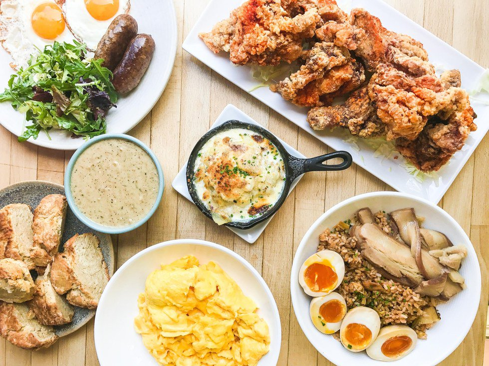 Celebrate Hopscotch's 5th birthday with mad brunch vibes (and fried chicken) https://t.co/oheH5n7t05 @scotch1rock https://t.co/mNiXBugEtv