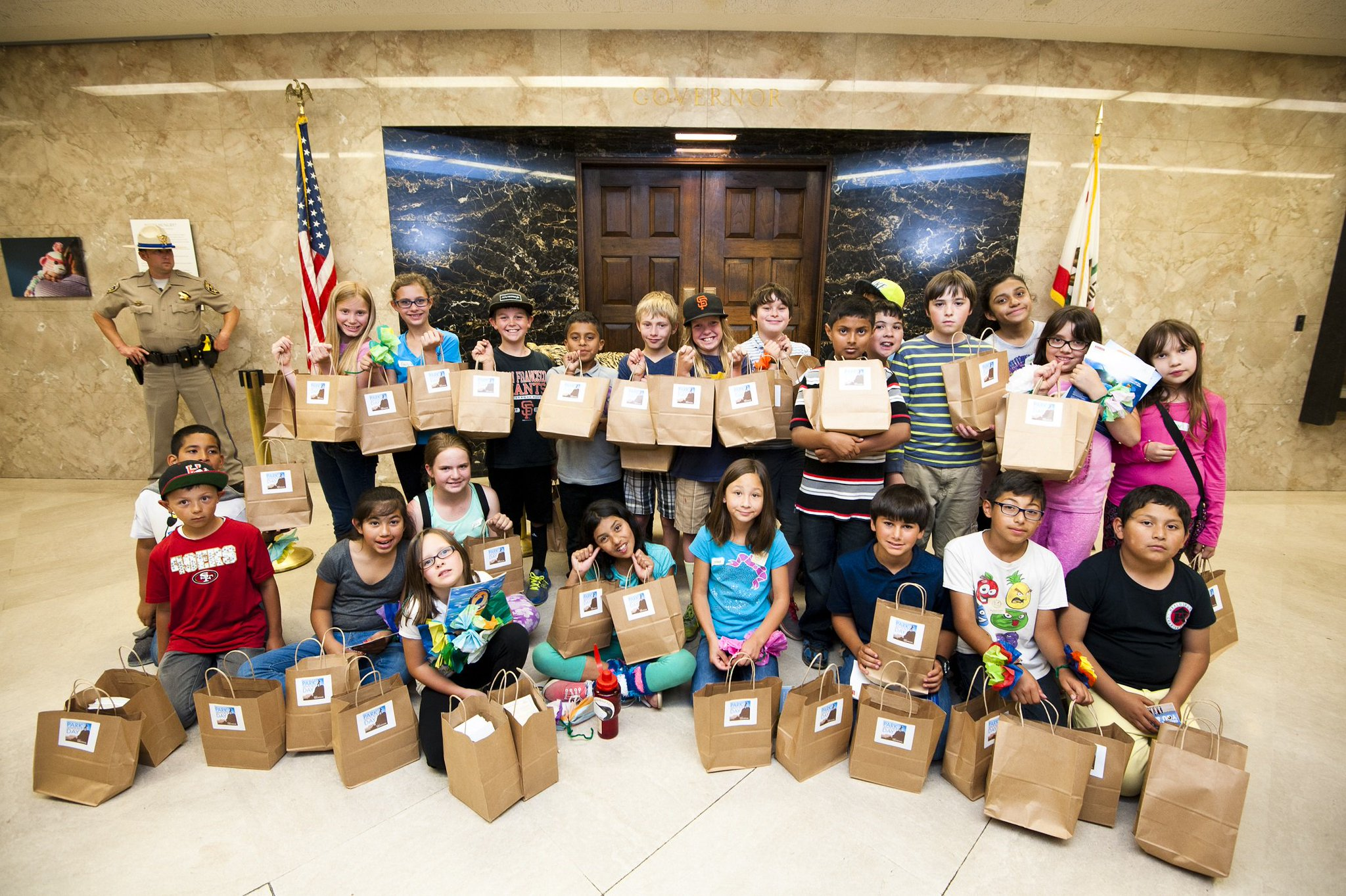 4th graders delivering petitions to @JerryBrownGov for #ParkAdvocacyDay 2015. Sign this year's petition online! #fbf https://t.co/qzyju0b9zo https://t.co/8zPcKNzJ2e