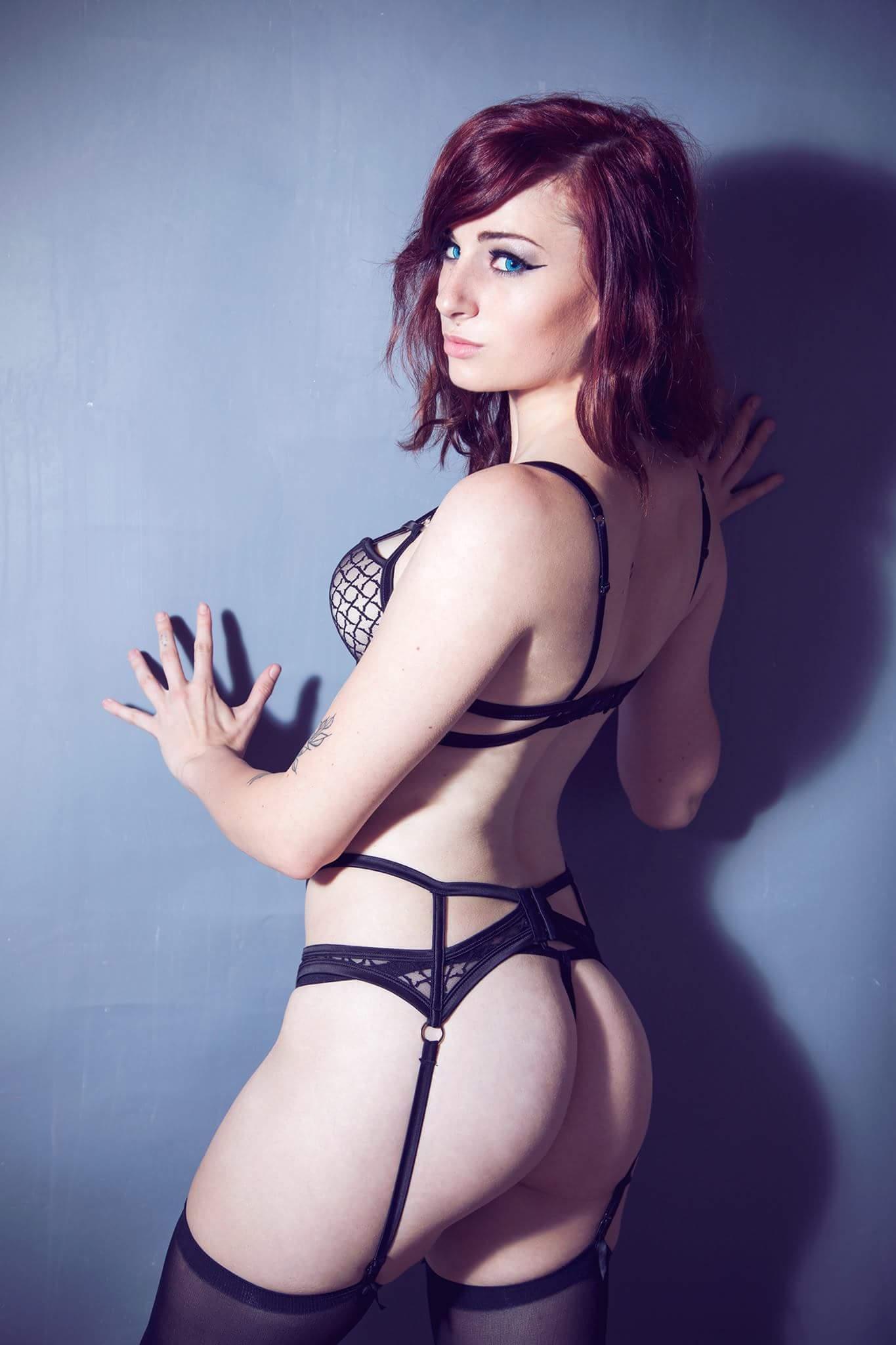 sexy nude pics cortana