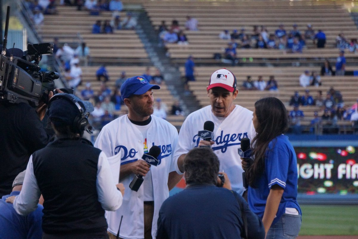 Fantastic to see @LAPRIDE & @billybeanball taking part at #LGBT night @Dodgers #Pride2017 #PrideMonth https://t.co/nAzgzsWHhI