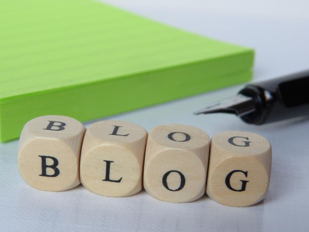 4  Reasons Why #Blogging Could Boost Your CV https://t.co/h18bOYN6rV by @InspiringIntern https://t.co/cJUenNehJK