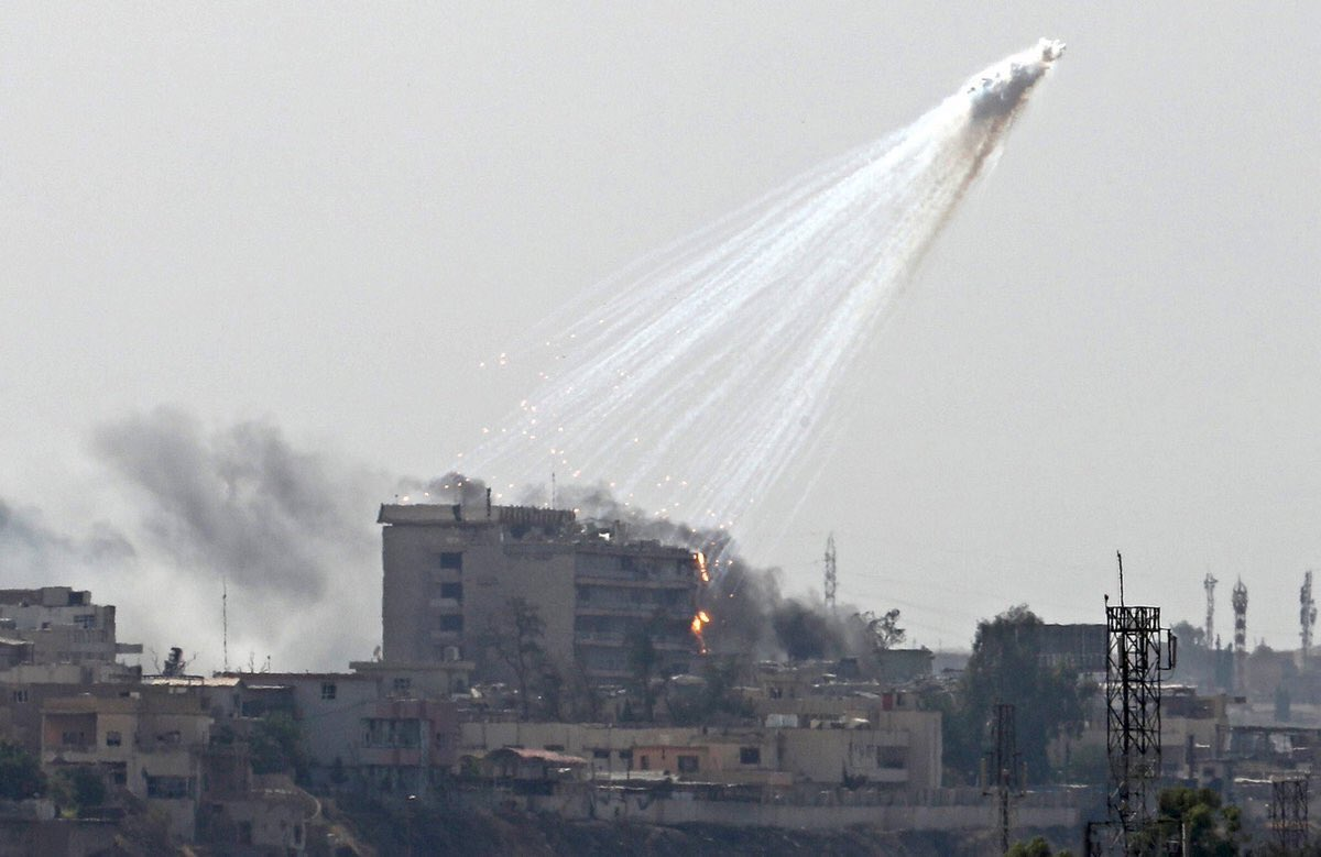 US Forces Using White Phosphorus in Populated Areas of #Iraq and #Syria #Whitephosphorus https://t.co/hL7czIjo7K https://t.co/5OJZQLOMt1